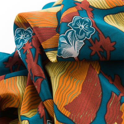 La Lió – Limited Edition Scarf